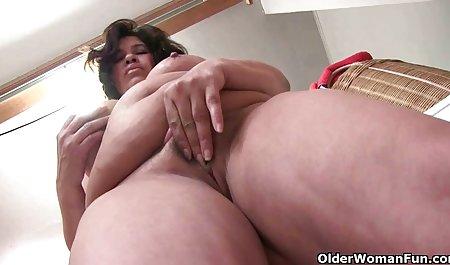 큰 보르노로 아름다운 여자 엉덩이 앨리 안개,물,폭발