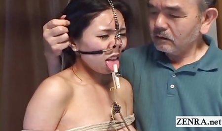 스파이 두드리고 아시아 가장 섹시한 포르노 배우