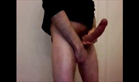 갈색 머리의 아름다움 된 부드러운 섹스 그녀의 음부 및 사용을 좋아하는 장난감
