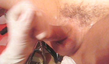 Veruca 제임스는 krasivaya 섹스 비디오 돌아서는 모든 구멍