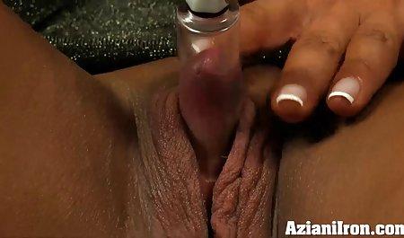 의 정신은 숲,먹,가슴이,여자 아름다운 포르노에서는 욕실